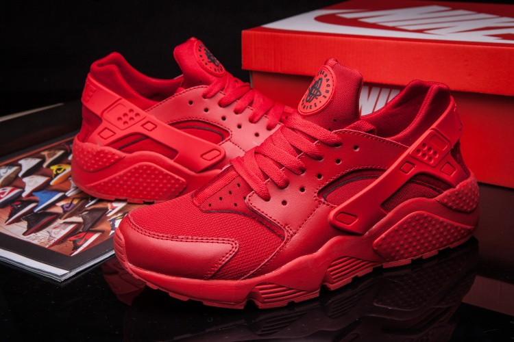 baskets nike air huarache rouge