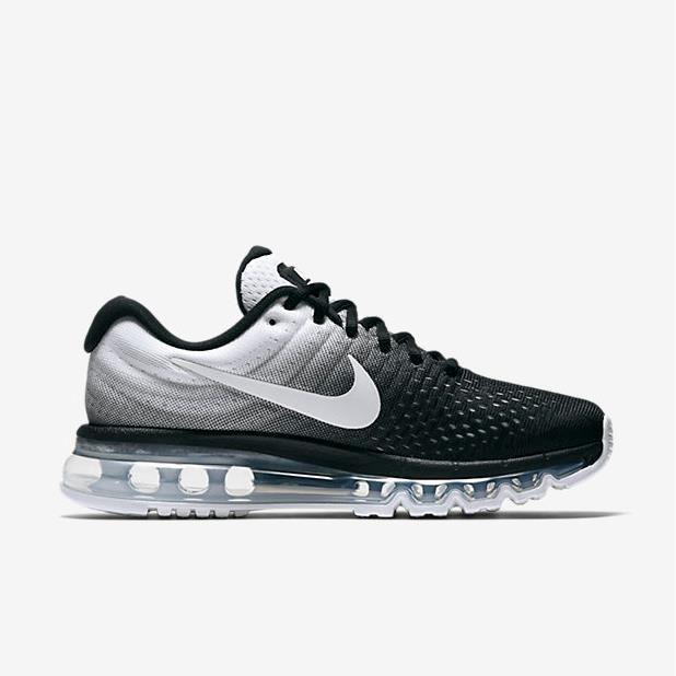 nike chaussure noir et blanc