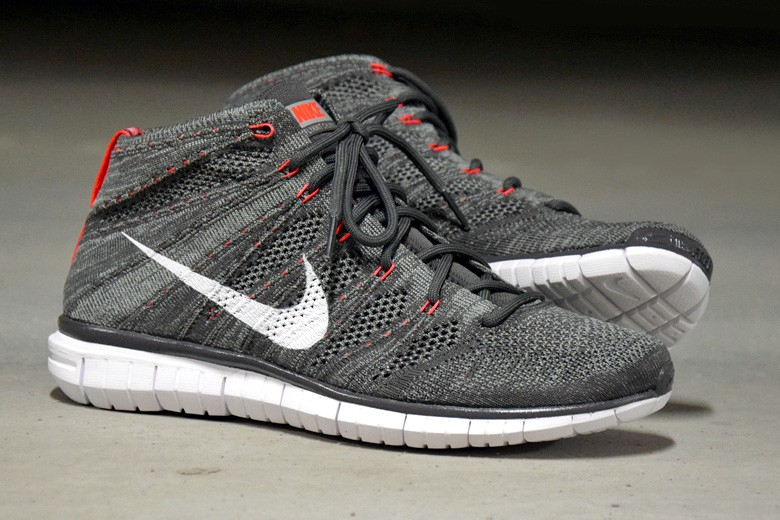 new concept add53 9e0bc nike flyknit chukka gris rouge