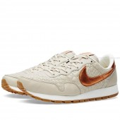 nike air pegasus beige gold