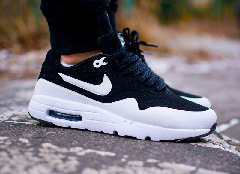 chaussure air max one femme pas cher