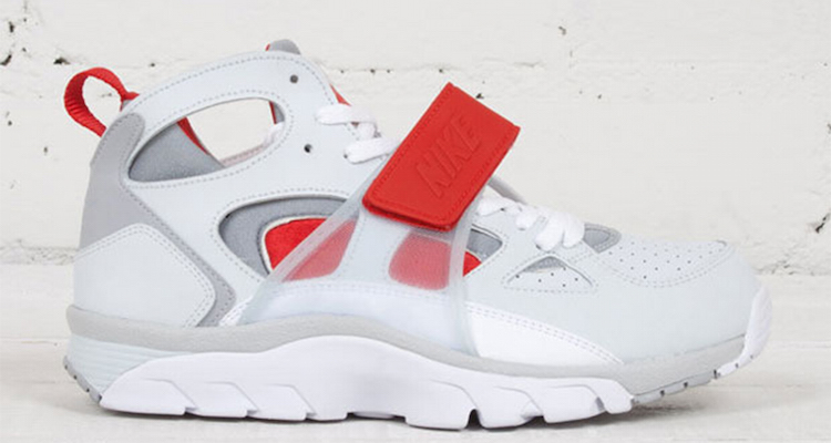 air trainer blanche et rouge