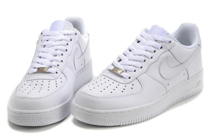 acheter en ligne b5986 806e1 vous propose une offre large et chaussure femme sport nike ...