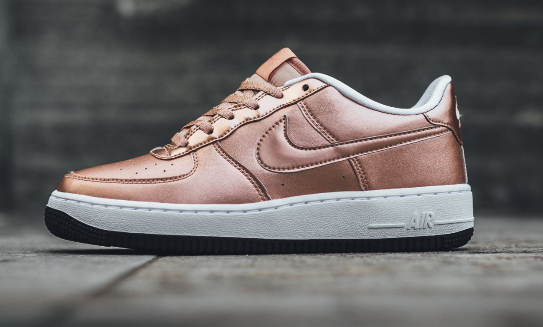 nike air force 1 bronze, With the Chinese New Year option now available on NIKEiD, the Nike Air Force 1 Low is featured in its latest iteration, this time in the form of a metallic ...