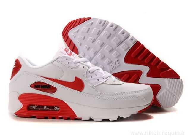 nike rouge et blanche
