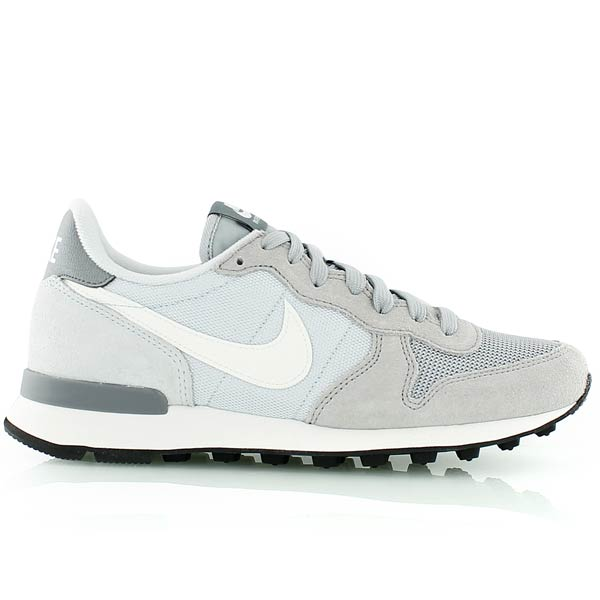 nike internationalist gris